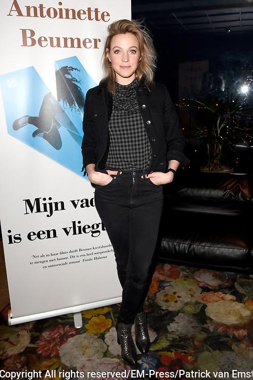 Boekpresentatie Mijn vader is een vliegtuig &ndash; Antoinette Beumer in de Loft van de Adam Toren, Amsterdam.<br /> <br /> Op de foto:  Loes Haverkort