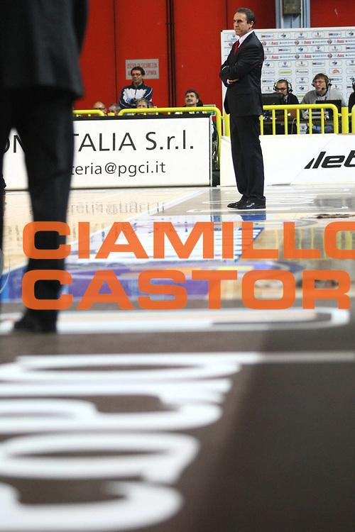 DESCRIZIONE : Cremona Lega A 2010-2011 Vanoli Braga Cremona Cimberio Varese<br /> GIOCATORE : Carlo Recalcati Coach<br /> SQUADRA : Cimberio Varese<br /> EVENTO : Campionato Lega A 2010-2011<br /> GARA : Vanoli Braga Cremona Cimberio Varese<br /> DATA : 21/11/2010<br /> CATEGORIA : Coach<br /> SPORT : Pallacanestro<br /> AUTORE : Agenzia Ciamillo-Castoria/F.Zovadelli<br /> GALLERIA : Lega Basket A 2010-2011<br /> FOTONOTIZIA : Cremona Campionato Italiano Lega A 2010-11 Vanoli Braga Cremona Cimberio Varese<br /> PREDEFINITA :