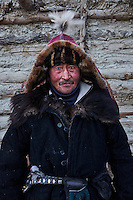 Mongolie, région de Bayan-Ulgii, transhumance d'hiver chez les nomades Kazakhs, Khaizym Burkitkhan, 60 ans // Mongolia, Bayan-Ulgii province, winter transhumance of the Kazakh nomads,  Khaizym Burkitkhan, 60 old