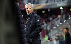 20.10.2016, Red Bull Arena, Salzburg, AUT, UEFA EL, FC Red Bull Salzburg vs OGC Nizza, Gruppe I, im Bild Coach Lucien Favre (OGC Nice) // Coach Lucien Favre (OGC Nice) during the UEFA Europa League group I match between FC Red Bull Salzburg and OGC Nizza at the Red Bull Arena in Salzburg, Austria on 2016/10/20. EXPA Pictures © 2016, PhotoCredit: EXPA/ JFK