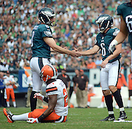 Philadelphia Eagles Donnie Jones, left, congratulates kicker Caleb Sturgis after a field goal against the Cleveland Browns, September 11, 2016 at Lincoln Financial Field in Philadelphia, Pennsylvania.  (Photo by William Thomas Cain)