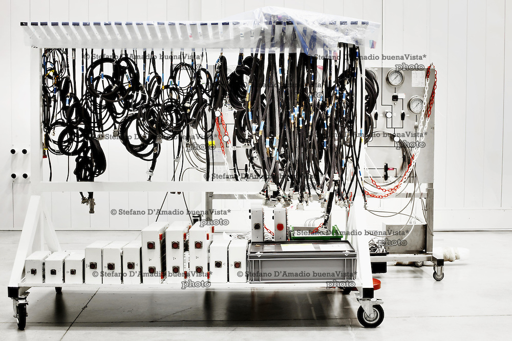 Cavi speciali di trasmissione<br /> <br /> Special cables for transmission