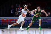 DESCRIZIONE : Lille Eurobasket 2015 Quarti di Finale Quarter Finals Lituania Italia Lithuania Italy<br /> GIOCATORE : Daniel Hackett<br /> CATEGORIA : controcampo palleggio penetrazione<br /> SQUADRA : Italia Italy<br /> EVENTO : Eurobasket 2015 <br /> GARA : Lituania Italia Lithuania Italy<br /> DATA : 16/09/2015 <br /> SPORT : Pallacanestro <br /> AUTORE : Agenzia Ciamillo-Castoria/Max.Ceretti<br /> Galleria : Eurobasket 2015 <br /> Fotonotizia : Lille Eurobasket 2015 Quarti di Finale Quarter Finals Lituania Italia Lithuania Italy