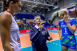 22-08-2017 NED: World Qualifications Slovenia - Bulgaria, Rotterdam<br /> Bulgaria win 3-1 against Slovenia / Referee, Eva Mori #1 of Slovenia, Elitsa Vasileva #16 of Bulgaria