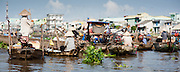 Floating market on Mekong Delta (Vietnam)