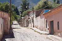 TILCARA, CALLE DEL CENTRO, QUEBRADA DE HUMAHUACA, PROV. DE JUJUY, ARGENTINA