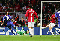 1:1 Tor Frank Lampard Nr. 8 Chelsea , Torwart Edwin Van der Sa r, Rio Ferdinand geschlagen<br /> Champions League Finale Manchester United FC - FC Chelsea <br /> <br /> Norway only