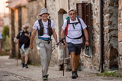 12-06-2017 SPA: We hike to change diabetes day 3, El Acebo de San Miguel<br /> De tweede dag Rabanal del Camino naar Acebo de San Miguel. Een tocht van 18 km door heuvelachtig landschap maar in een hitte van 30 graden. Spain