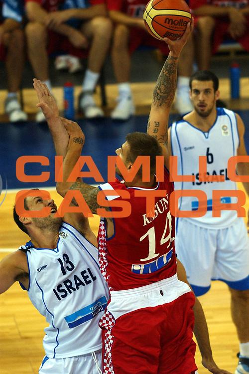 DESCRIZIONE : Madrid Spagna Spain Eurobasket Men 2007 Qualifying Round Israele Croazia Israel Croatia <br /> GIOCATORE : Mario Kasun <br /> SQUADRA : Croazia Croatia <br /> EVENTO : Eurobasket Men 2007 Campionati Europei Uomini 2007 <br /> GARA : Israele Croazia Israel Croatia <br /> DATA : 07/09/2007 <br /> CATEGORIA : Tiro <br /> SPORT : Pallacanestro <br /> AUTORE : Ciamillo&amp;Castoria/N.Parausic <br /> Galleria : Eurobasket Men 2007 <br /> Fotonotizia : Madrid Spagna Spain Eurobasket Men 2007 Qualifying Round Israele Croazia Israel Croatia <br /> Predefinita :
