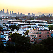 2017 U.S. Open Tennis Tournament - DAY ELEVEN. Metro trains in Queens, New York showing the The Manhattan skyline at sunset shot from the Arthur Ashe Tennis Stadium, Queens New York, during the US Open Tennis Tournament at the USTA Billie Jean King National Tennis Center on September 07, 2017 in Flushing, Queens, New York City.  (Photo by Tim Clayton/Corbis via Getty Images)