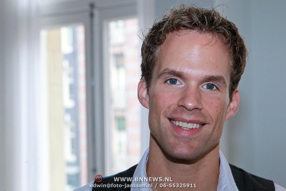 NLD/Amsterdam/20110913 - Lunch genomineerden voor John Kraaijkamp musicalawards 2011, Ton Sieben