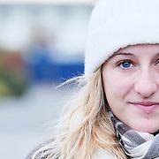 Jockey Josephine Gordon dressed for the cold at Lingfield<br /> Lingfield 13.01.17<br /> Pic John Hoy-focusonracing.com