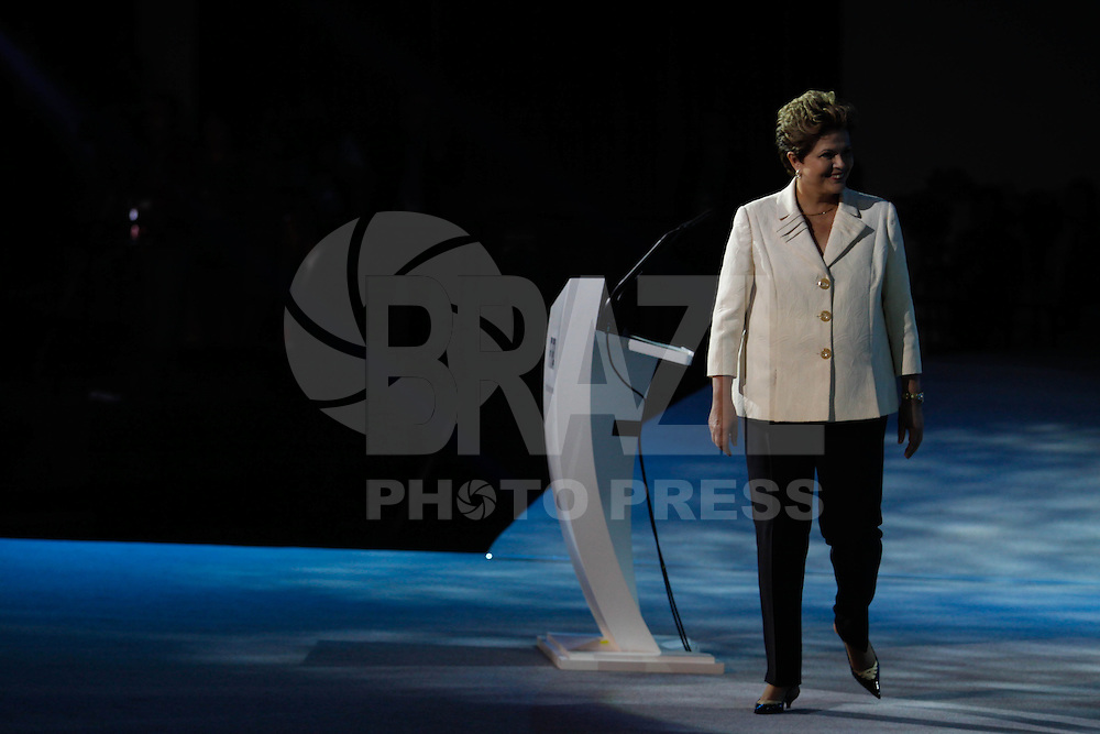 SAO PAULO, SP, 01 DEZEMBRO  2012 - SORTEIO COPA DAS CONFEDERACOES  - A presidente da Republica Dilma Rousseff  e visto durante sorteio dos grupos da Copa das Confederacoes  2013 neste sabado no Parque Anhembi regiao norte da capital paulista. FOTo: WILLIAM VOLCOV - BRAZIL PHOTO PRESS.
