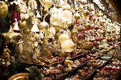 15.11.2014, Rathausplatz, Wien, AUT, Feierliche Illuminierung des Weihnachtsbaumes und Eröffnung des Wiener Adventzaubers, im Bild Weihnachtsschmuck // during illlumination of the christmastree at cityhall in Vienna, Austria on 2014/11/15, EXPA Pictures © 2014, PhotoCredit: EXPA/ Michael Gruber