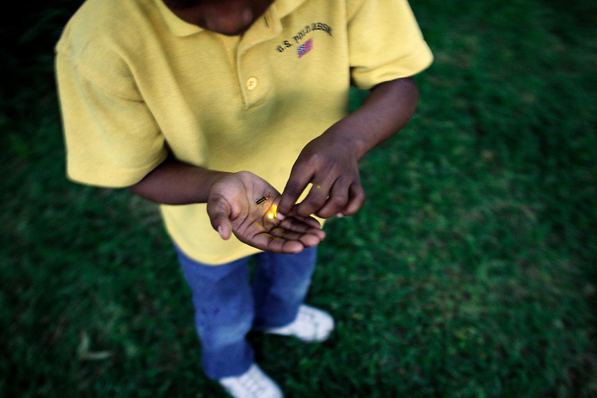 Catching fireflies, Clarksdale, Miss., 2007.<br /> Photo by D.L. Anderson