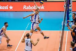 18-08-2017 NED: Oefeninterland Nederland - Italië, Doetinchem<br /> De Nederlandse volleybal mannen spelen hun eerste oefeninterland van twee in SaZa topsporthal tegen Italie als laatste voorbereiding op het EK in Polen. Nederland verliest met 3-0 / Daniele Mazzone #9