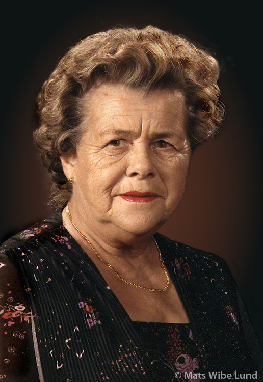 Anna Ársælsdóttir, Holmgarðin4, R.vik.