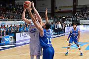DESCRIZIONE : Cantu, Lega A 2015-16 Acqua Vitasnella Cantu' Enel Brindisi<br /> GIOCATORE : Jared Berggren<br /> CATEGORIA : Tiro<br /> SQUADRA : Acqua Vitasnella Cantu'<br /> EVENTO : Campionato Lega A 2015-2016<br /> GARA : Acqua Vitasnella Cantu' Enel Brindisi<br /> DATA : 31/10/2015<br /> SPORT : Pallacanestro <br /> AUTORE : Agenzia Ciamillo-Castoria/I.Mancini<br /> Galleria : Lega Basket A 2015-2016  <br /> Fotonotizia : Cantu'  Lega A 2015-16 Acqua Vitasnella Cantu'  Enel Brindisi<br /> Predefinita :