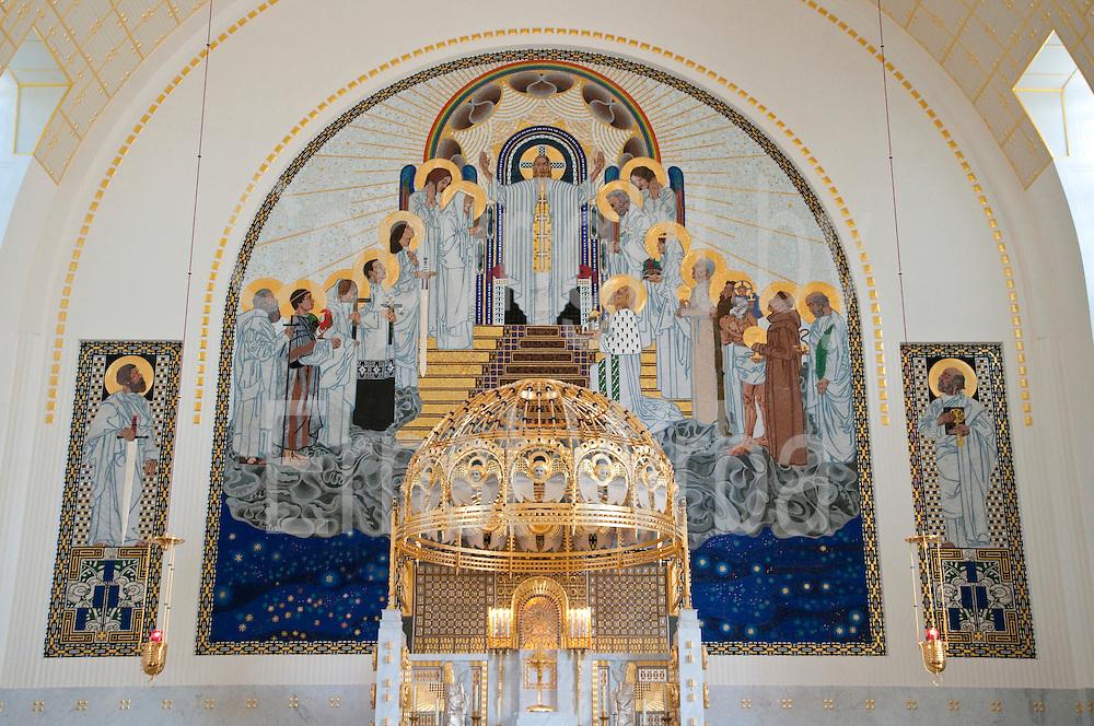 Jugendstil Kirche Am Steinhof von Otto Wagner, Baumgartner Höhe, Wien, Österreich .|.art nouveau church Am Steinhof by Otto Wagner, Baumgartner Höhe, Vienna, Austria..