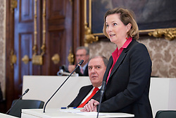 14.12.2010, Landtag, Graz, AUT, Sitzung des Steiermärkischen Landtags, im Bild , EXPA Pictures © 2010, PhotoCredit: EXPA/ Erwin Scheriau