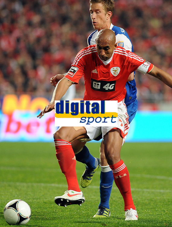 20120302: LISBON, PORTUGAL – Liga Zon Sagres 2011/2012: SL Benfica vs FC Porto. In Picture: Luisao (Benfica). PHOTO: Alvaro Isidoro/CITYFILES