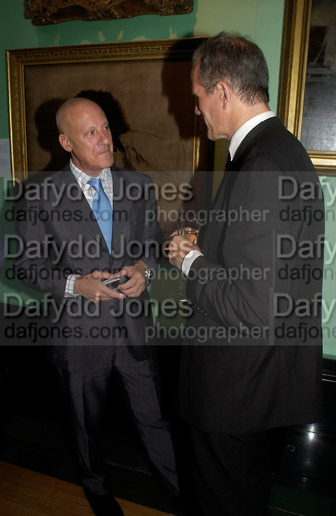 Lord  Foster. Celebration of Lord Weidenfeld's 60 Years in Publishing hosted by Orion. the Weldon Galleries. National Portrait Gallery. London. 29 June 2005. ONE TIME USE ONLY - DO NOT ARCHIVE  © Copyright Photograph by Dafydd Jones 66 Stockwell Park Rd. London SW9 0DA Tel 020 7733 0108 www.dafjones.com