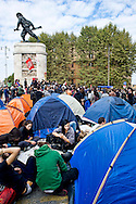 Roma 20 Ottobre 2013<br /> Acampada a Porta Pia, decine di tende piantate vicino al ministero delle Infrastrutture , dopo la manifestazione di sabato, dei movimenti per la casa  , No Tav, No Muos, No Expo, per chiedere, casa, reddito, lavoro e diritti degli immigrati, in attesa dell'incontro con il ministro delle Infrastutture Maurizio Lupi, per martedi 22 Ottobre.<br /> Acampada at Porta Pia, dozens of tents pitched near the Ministry of Infrastructure, following Saturday's protest, movements for the home, No Tav, Muos No, No Expo, ask for, home, income, labor and immigrant rights, in waiting for the meeting with the Minister of Infrastructure of Maurizio Lupi , for Tuesday October 22<br /> <br /> Rome October 20, 2013