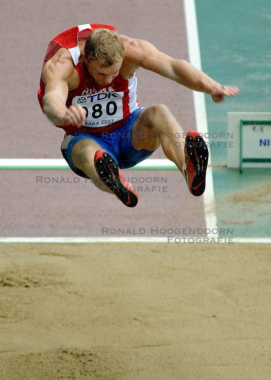 31-08-2007 ATLETIEK: IAAF WORLD CHAMPIONSHIPS: OSAKA JAPAN<br /> Aleksey Sysoyev RUS<br /> &copy;2007-WWW.FOTOHOOGENDOORN.NL