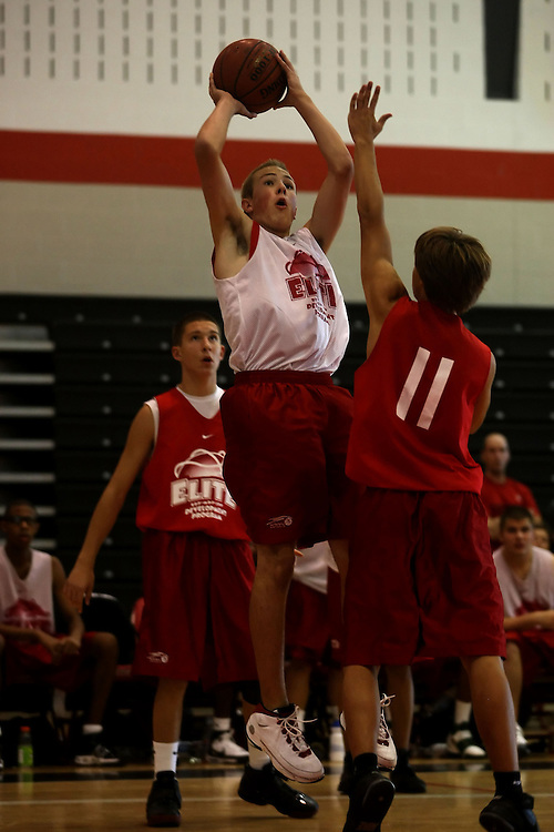(Ottawa, ON---16 August 2008) South Simcoe (Red) plays Central East (White) in the boys basketball final during the 2008 Ontario Summer Games. Photograph copyright Sean Burges/Mundo Sport Images (www.mundosportimages.com).