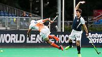 BRASSCHAAT (ANTWERP - Belgium) -  SINGH Gurmail  with   Gaspard BAUMGARTEN  during the Fintro Hockey World League Semi-Final match between the men of India and France (3-2) COPYRIGHT WORLDSPORTPICS KOEN SUYK