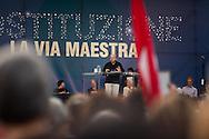 """""""Costituzione, la via maestra"""". Manifestazione in difesa della Costituzione italiana. Roma, 12 ottobre 2013. Gustavo Zagrebelsky, Libertà e Giustizia."""