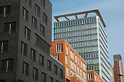 moderne Buerogebaeude in der Bernhard-Nocht-Strasse, St. Pauli, Hamburger Hafen, Hamburg, Deutschland.|.modern office buildings in St. Pauli, Hamburg, Germany