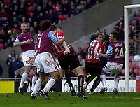 Photo. Glyn Thomas.<br /> Sunderland v West Ham United.<br /> Nationwide Division 1.<br /> Stadium of Light, Sunderland. 13/03/2004.<br /> Sunderland's Kevin Kyle (C) puts his side a goal in front.