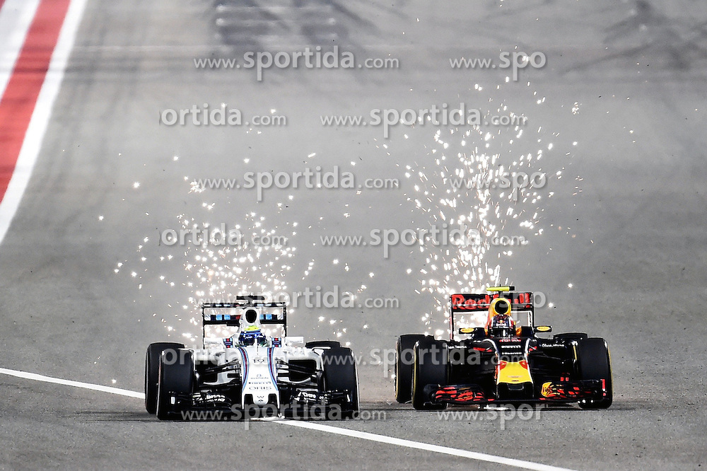 03.04.2016, International Circuit, Sakhir, BHR, FIA, Formel 1, Grand Prix von Bahrain, Rennen, im Bild Felipe Massa (BRA) Williams FW38 and Daniil Kvyat (RUS) Red Bull Racing RB12 battle // during Race for the FIA Formula One Grand Prix of Bahrain at the International Circuit in Sakhir, Bahrain on 2016/04/03. EXPA Pictures &copy; 2016, PhotoCredit: EXPA/ Sutton Images/ Andre/<br /> <br /> *****ATTENTION - for AUT, SLO, CRO, SRB, BIH, MAZ only*****