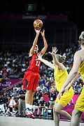 DESCRIZIONE : Basketball Jeux Olympiques Londres Demi finale<br /> GIOCATORE : Taurasi Diana<br /> SQUADRA : USA FEMME<br /> EVENTO :  Jeux Olympiques<br /> GARA : USA AUSTRALIE<br /> DATA : 09 08 2012<br /> CATEGORIA : Basketball Jeux Olympiques<br /> SPORT : Basketball<br /> AUTORE : JF Molliere <br /> Galleria : France JEUX OLYMPIQUES 2012 Action<br /> Fotonotizia : Jeux Olympiques Londres demi Finale Greenwich Arena<br /> Predefinita :