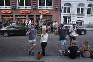 House-Musiker<br /> Stimming tritt im Schaufenster<br /> von Michelle auf.<br /> Über 400 Fans tanzen.