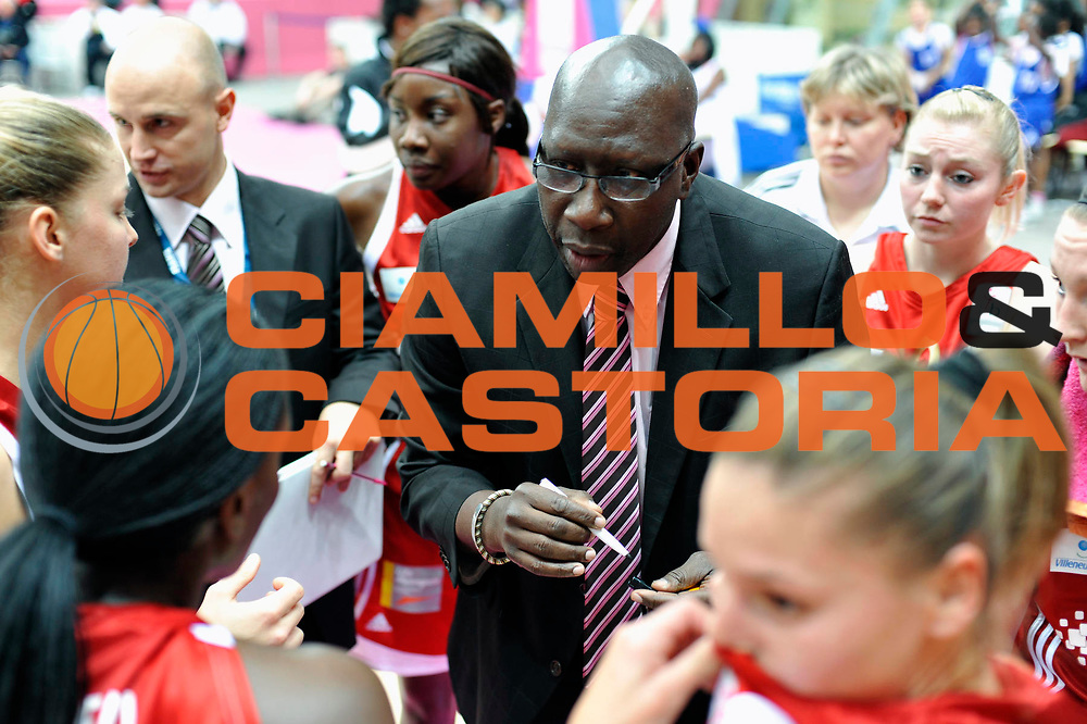 DESCRIZIONE : Ligue Feminine de Basket Ligue  1 Journee &agrave; Paris<br /> GIOCATORE : Abdou N&rsquo;DIAYE<br /> SQUADRA : Villeneuve d&rsquo;Ascq<br /> EVENTO : Ligue Feminine 2010-2011<br /> GARA : Basket Landes &ndash; Villeneuve d&rsquo;Ascq<br /> DATA : 16/10/2010<br /> CATEGORIA : Basketbal France Ligue Feminine<br /> SPORT : Basketball<br /> AUTORE : JF Molliere par Agenzia Ciamillo-Castoria <br /> Galleria : France Basket 2010-2011 Action<br /> Fotonotizia : Ligue Feminine de Basket Ligue 1 Journee &agrave; Paris<br /> Predefinita :