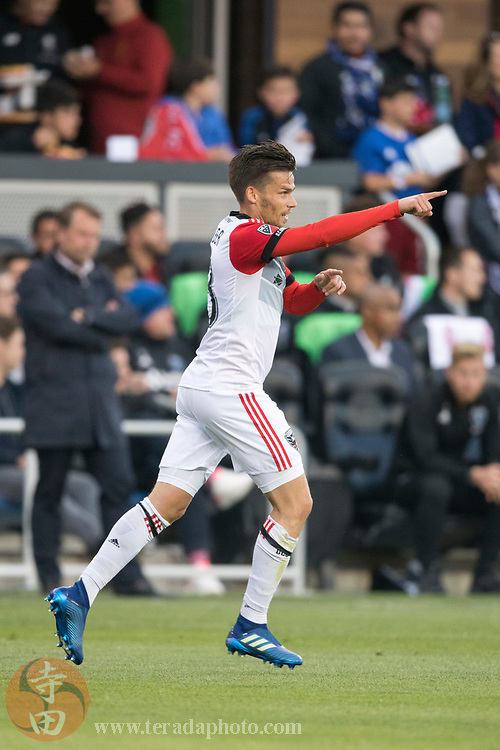 May 19, 2018; San Jose, CA, USA; D.C. United midfielder Zoltan Stieber (18) during the first half against the San Jose Earthquakes at Avaya Stadium.
