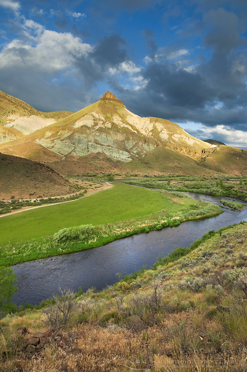 Sheep Rock and John Day Wild and Scenic River, John Day Fossil Beds National Monument Oregon