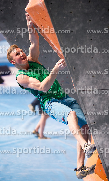 20.05.2016 , Olympiaworld, Innsbruck, ISFC Climbing World Cup, Innsbruck, im Bild Jakob Schubert (AUT) // Jakob Schubert of Austria during IFSC Boulder World Cup at the Olympiaworld in Innsbruck, Austria on 2016/05/20. EXPA Pictures © 2016, PhotoCredit: EXPA/ Jakob Gruber