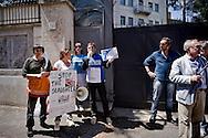 Roma 18 Giugno 2015<br /> Manifestazione degli Animalisti Italiani,  vicino all'ambasciata della Cina, per protestare  contro il  Festival di Yulin che si terrà il 21 giugno. Yulin è una metropoli cinese di 5 milioni e mezzo di abitanti, dove il 21 giugno di ogni anno, per il solstizio d'estate, si celebra un Festival per il quale vengono macellati e poi mangiati circa 10mila cani. Un gruppo di animalisti riesce ad arrivare davanti all'Ambasciata della Cina per chiedere un incontro che viene rifiutato dall'ambasciata.<br /> Rome June 18, 2015<br /> Animal rights activists demonstrated, near the Embassy of China, to protest against the Festival of Yulin to be held on June 21. Yulin is a Chinese metropolis of 5 million and a half inhabitants, where on June 21 of each year, for the summer solstice, is celebrated a festival for which are then slaughtered and eaten about 10 thousand dogs. A group of animal rights activists managed to get in front of the Embassy of China to ask for a meeting that is rejected by the embassy.
