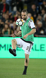 April 18, 2018 - Crotone, Calabria, Italy - Gonzalo Higuain of Juventus during the serie A match between FC Crotone and Juventus at Stadio Comunale Ezio Scida on April 18, 2018 in Crotone, Italy. (Credit Image: © Gabriele Maricchiolo/NurPhoto via ZUMA Press)
