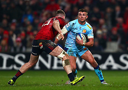 Henry Slade of Exeter Chiefs in action against Chris Farrell of Munster Rugby - Mandatory by-line: Ken Sutton/JMP - 19/01/2019 - RUGBY - Thomond Park - Limerick,  - Munster Rugby v Exeter Chiefs -