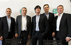 18.10.2013, DFB Zentrale, Frankfurt, GER, DFB Pressekonferenz, im Bild DFB-Generalsekret&auml;r Helmut Sandrock, Hansi Flick, DFB Pr&auml;sident Wolfgang Niersbach, Joachim Jogi L&ouml;w, Manager Oliver Bierhoff u Torwarttrainer Andreas K&ouml;pkeDeutscher // during the DFB press conference to extend the contract of national coach Joachim Loew in the DFB headquarters in Frankfurt on 2013/10/18. EXPA Pictures &copy; 2013, PhotoCredit: EXPA/ Eibner-Pressefoto/ RRZ<br /> <br /> *****ATTENTION - OUT of GER*****