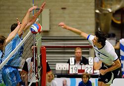 06-10-2012 VOLLEYBAL: SLIEDRECHT SPORT - ABIANT LYCURGUS 2: SLIEDRECHT<br /> Abiant Lycurgus 2 heeft in de Topdivisie Sliedrecht Sport met 1-3 verslagen. De setstanden waren 28-26, 19-25, 21-25 en 20-25 / Nick Beckers<br /> ©2012-FotoHoogendoorn.nl