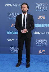 Walton Goggins  bei der Verleihung der 22. Critics' Choice Awards in Los Angeles / 111216