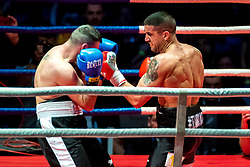 07.04.2018, Erste Bank Arena, Wien, AUT, Bounce Fight Night, Mittelgewicht, Marcos Nader (AUT) vs Darko Knezevic (SRB), im Bild v.l. Darko Knezevic (SRB), Marcos Nader (AUT) // during Middleweight, with the fight betweeb Marcos Nader of Austria vs Darko Knezevic of Serbia of the Bounce Fight Night at the Erste Bank Arena in Wien, Austria on 2018/04/07. EXPA Pictures © 2018, PhotoCredit: EXPA/ Sebastian Pucher