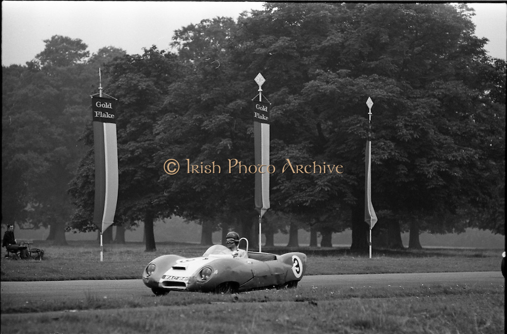 16/09/1967<br /> 09/16/1967<br /> 16 September 1967<br /> Phoenix Park Motor Racing, Kingsway Trophy Race, sponsored by Player and Wills (Ireland) Limited.  Image shows J.A. Nesbitt's Lotus XI (9).