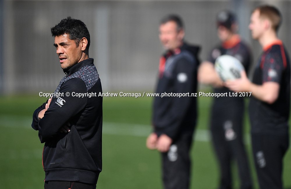 Warriors coach Stephen Kearney.<br /> Vodafone Warriors training session. Mt Smart Stadium Auckland, New Zealand. NRL Rugby League. Wednesday 23 August 2017 &copy; Copyright photo: Andrew Cornaga / www.photosport.nz