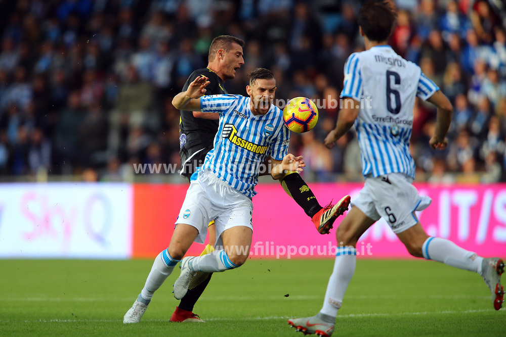 "Foto Filippo Rubin<br /> 28/10/2018 Ferrara (Italia)<br /> Sport Calcio<br /> Spal - Frosinone - Campionato di calcio Serie A 2018/2019 - Stadio ""Paolo Mazza""<br /> Nella foto: FRANCESCO VICARI (SPAL)<br /> <br /> Photo Filippo Rubin<br /> October 28, 2018 Ferrara (Italy)<br /> Sport Soccer<br /> Spal vs Frosinone - Italian Football Championship League A 2018/2019 - ""Paolo Mazza"" Stadium <br /> In the pic: FRANCESCO VICARI (SPAL)"